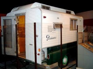 Steinway's camper truck, Rocinante